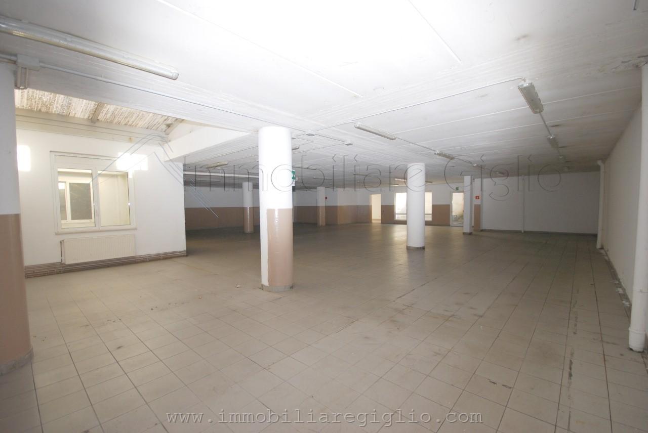 laboratorio-in-vendita---laives-0