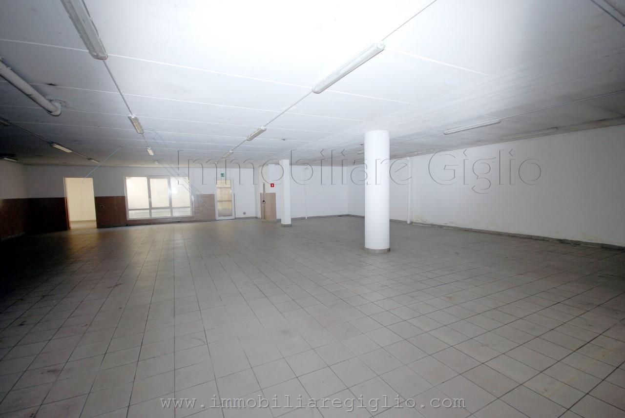 laboratorio-in-vendita---laives-1